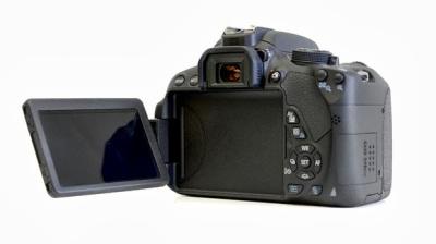 Harga Kamera Canon EOS 700D 2014